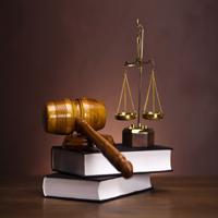 स्त्रियों के जानने योग्य कुछ कानूनी बातें