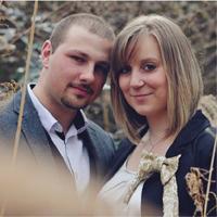 पति-पत्नी की उम्र व सामाजिक परिवेश