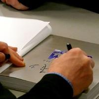 आपका व्यक्तित्व और आपके हस्ताक्षर